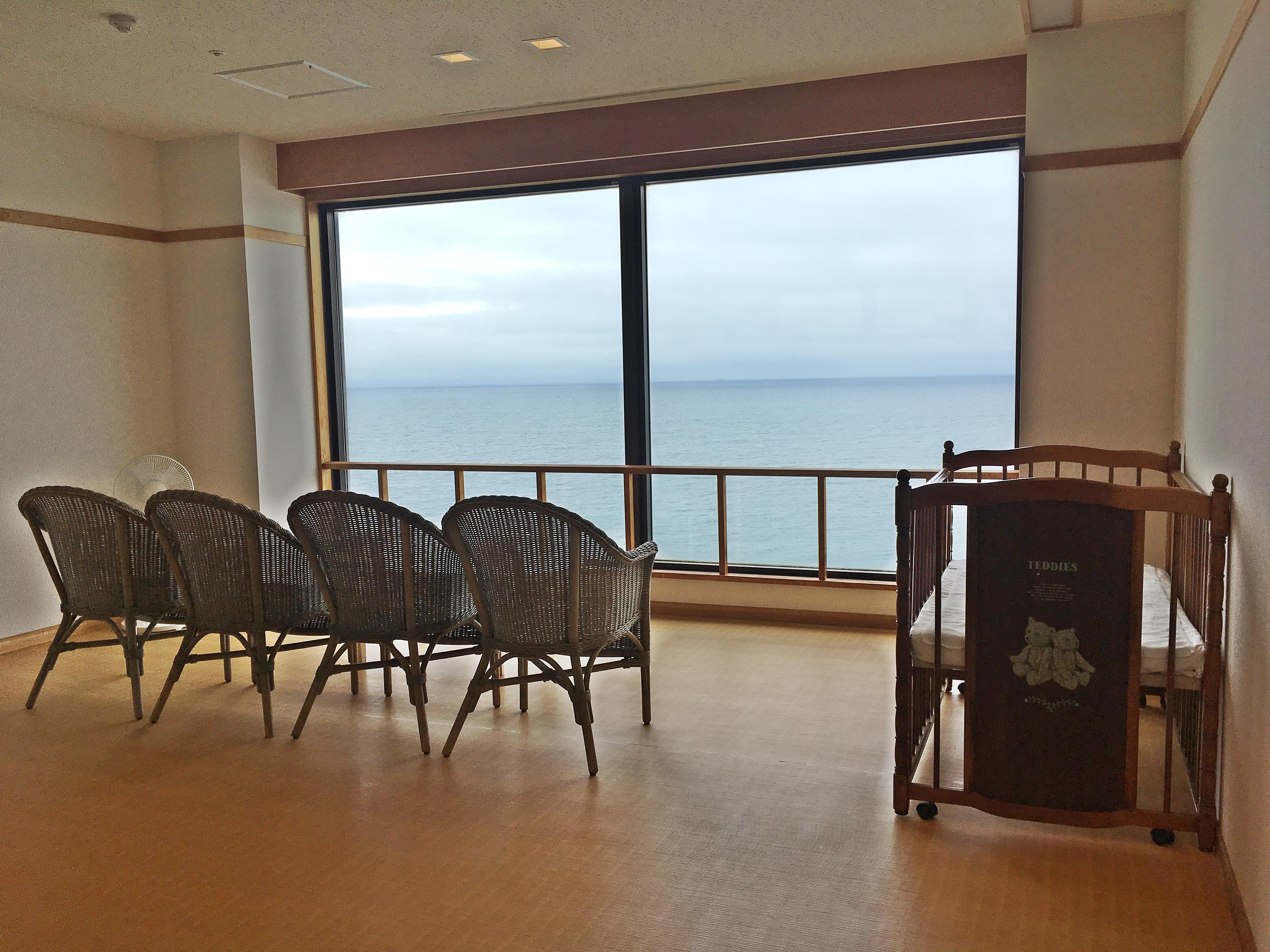 イマジン ホテル&リゾート 函館 うすけしの湯 脱衣所.JPG
