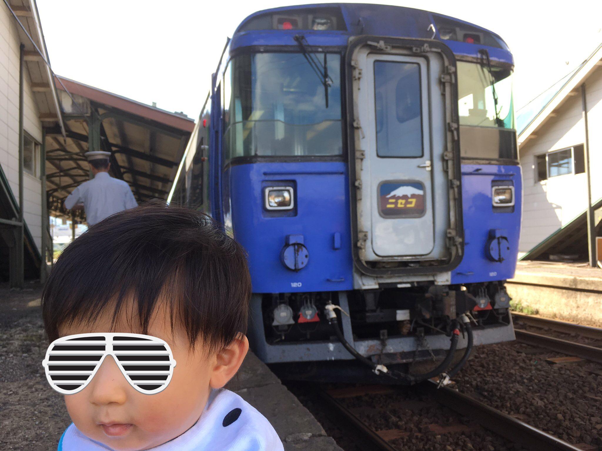 キハ183 特急ニセコ with 史凰 余市駅 190908.JPG