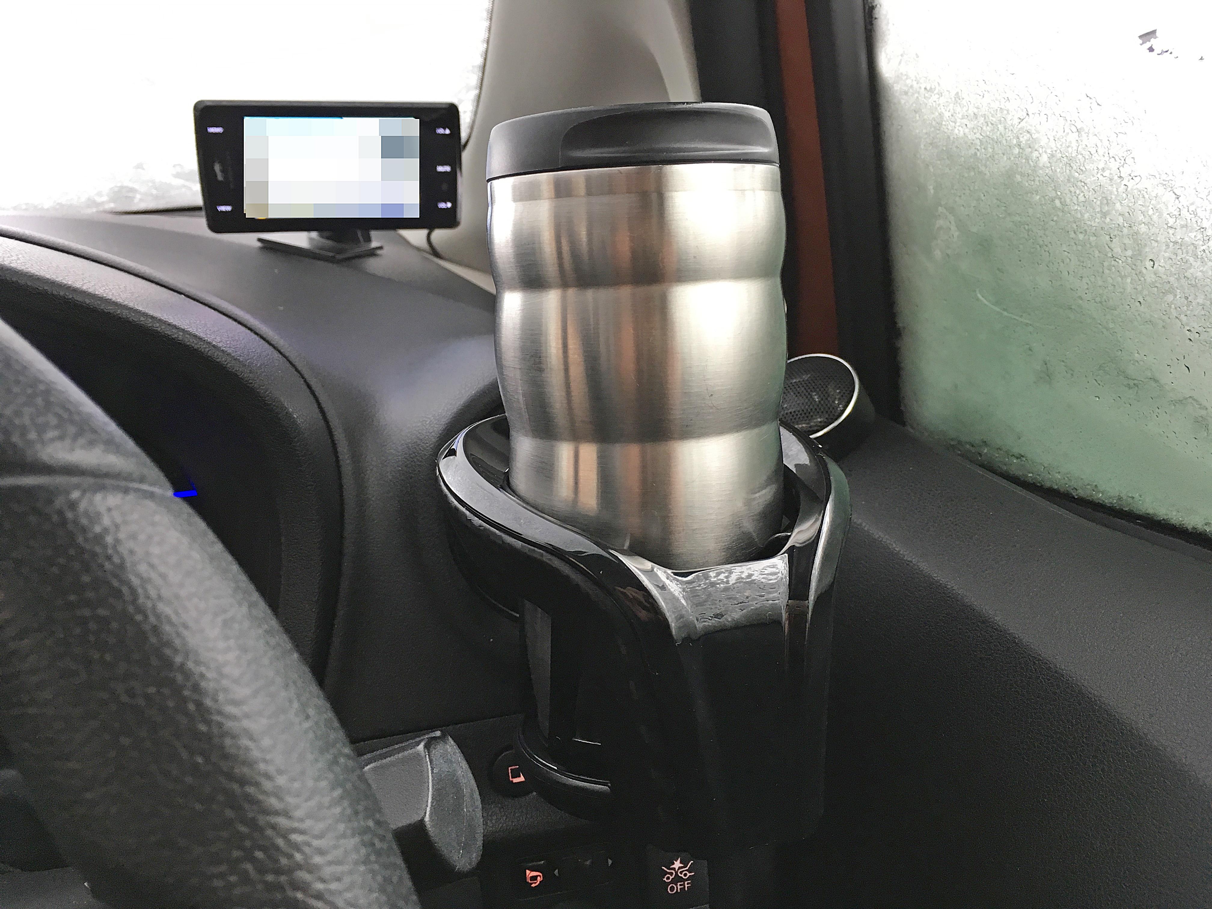 カップホルダー カーボンスタイル ブラックエディション with タンブラー.JPG