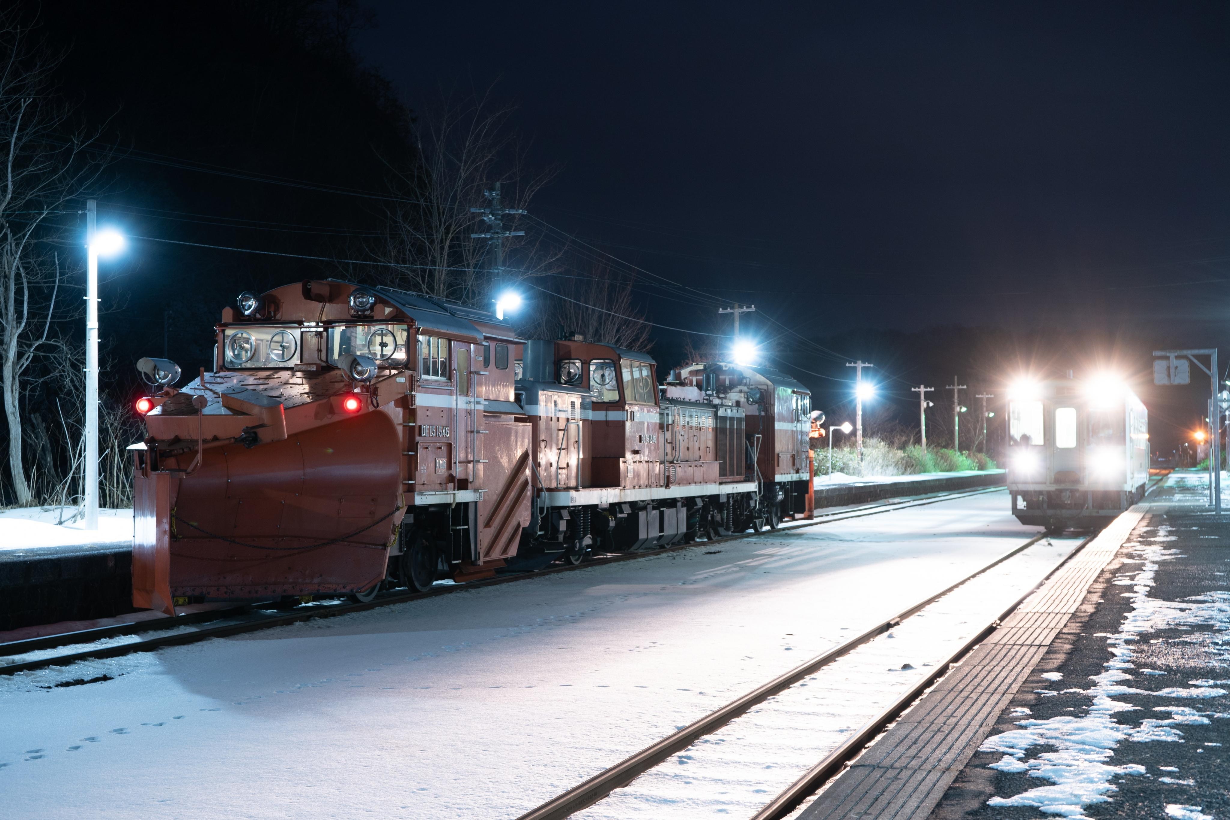 雪122レ 蘭島駅 200111 (2).jpg