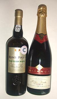 ポルトガルのポートワインと赤のスパークリングワイン☆海外旅行でお酒を買えるようになりました♪