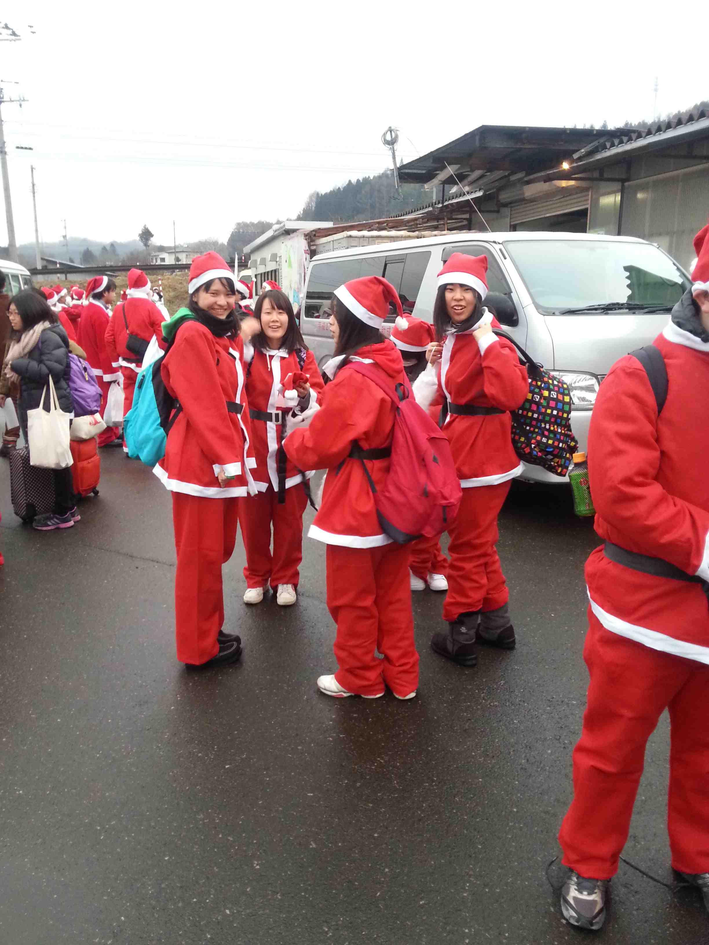 2013年冬 福幸 支援ボランティア その3 サンタ隊 関東学院六浦