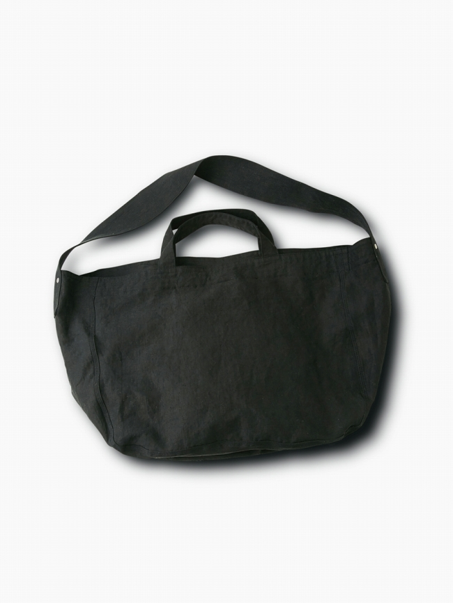 pgvl-newspaper-bag-blk-01.jpg