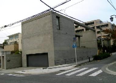 八事の安藤忠雄の住宅