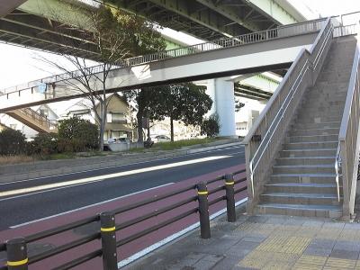 国道一号の歩道橋