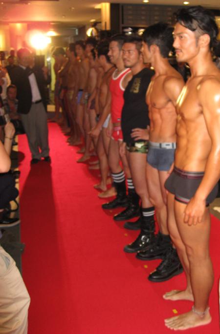 【股間の】男のモッコリが好きなゲイ10【主張】 [無断転載禁止]©2ch.net YouTube動画>9本 ->画像>253枚