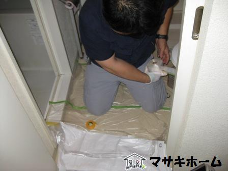 洗面器リペア施工中