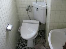トイレ交換before