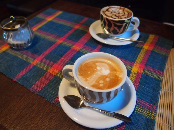 cafeandbar_cham4.jpg