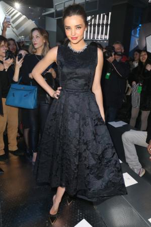 hm-fashion-show-miranda-kerr-wearing-hm_low.png