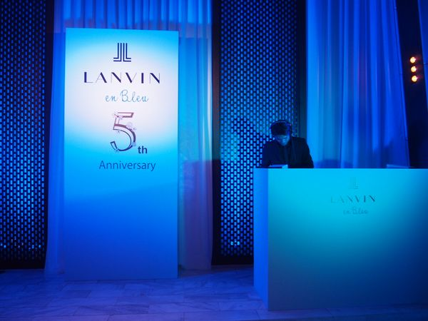 LANVINenBlue5thAnniversary_1.jpg