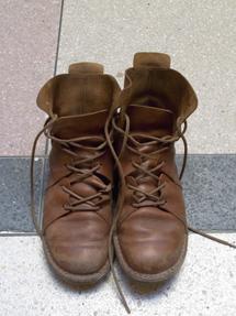 くたびれた靴
