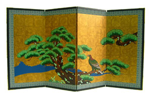 名宝障壁画屏風『松に鷹』