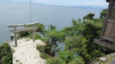 竹生島神社 竜神拝所