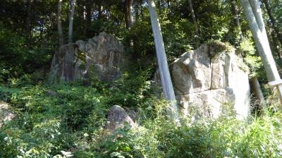 長命寺 修多羅岩(すたらいわ)