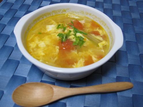 塩麹のトマトセロリスープ