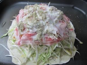 広島お好み焼き 豚肉にトロロ昆布