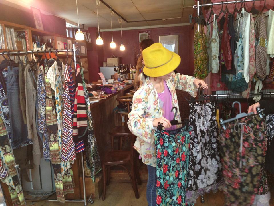 服屋の洋服市