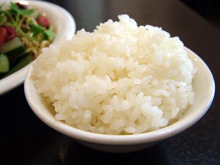 横須賀市衣笠【江南飯店】蒸し鶏のネギ生姜ソース