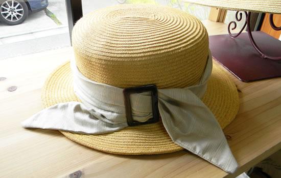 帽子と前髪の関係