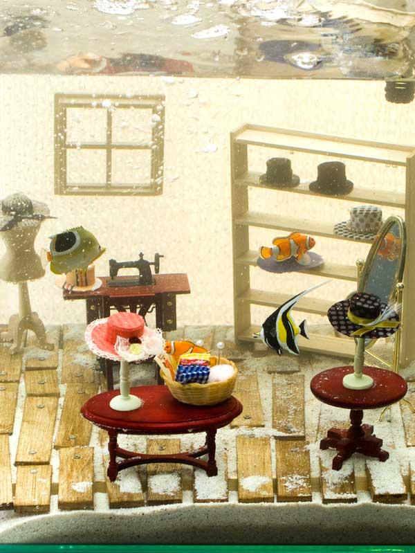 水槽のなかの帽子屋