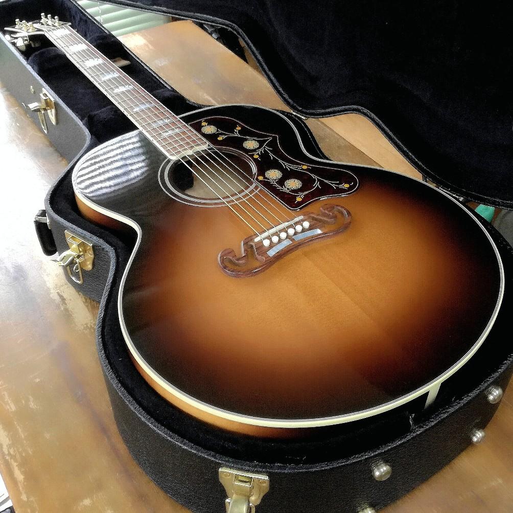 GibsonSJ200サドル