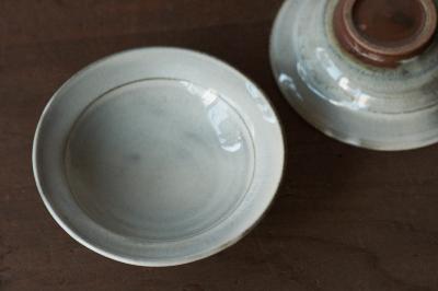 白化粧小皿