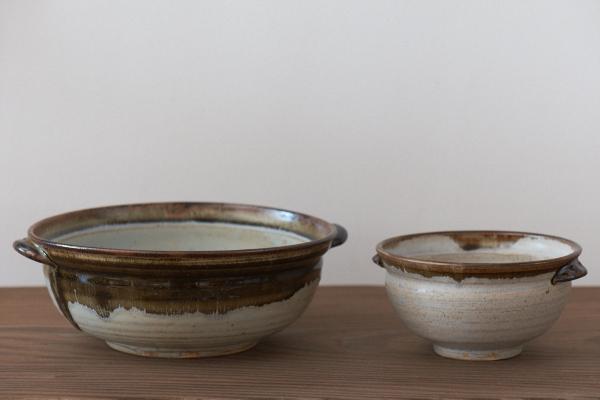 矢透釉耳付き鉢とスープカップ
