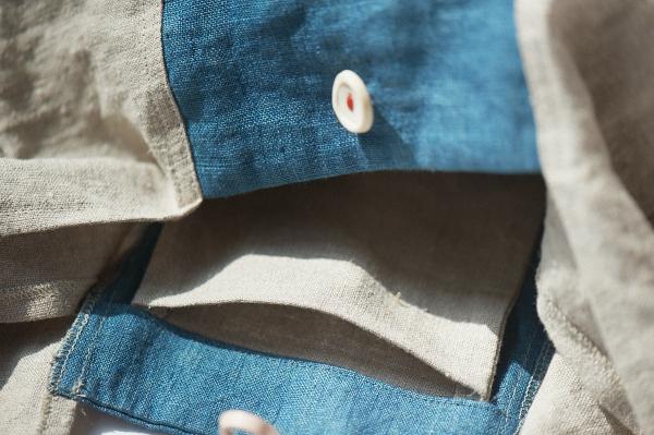 藍染めの買い物バッグ