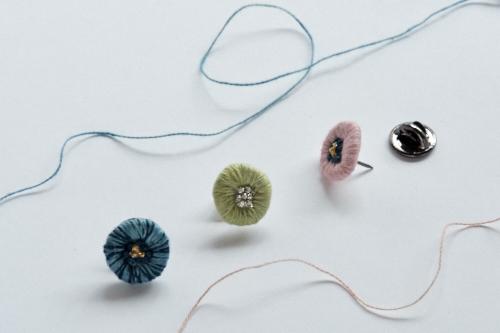nodocaの手刺繍アクセサリー