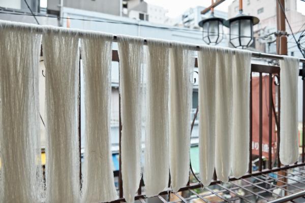 カシミヤ糸の精錬