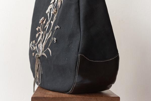 光岡さんのバッグ