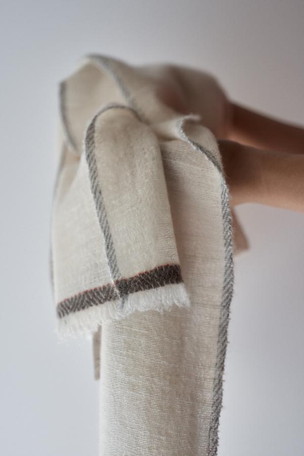 カシミヤ手紡ぎストール
