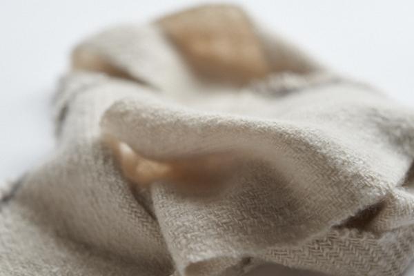 手紡ぎカシミヤストール
