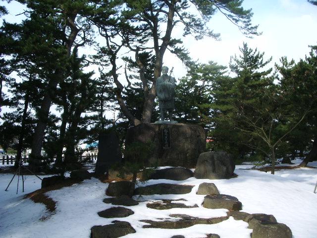 蚶満寺の芭蕉像