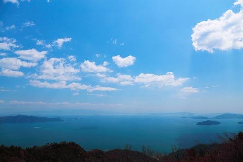 休山山頂から瀬戸の風景.jpg