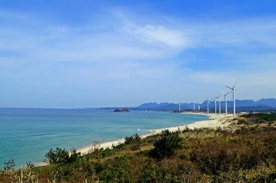 風力発電の風景(メバル師).jpg