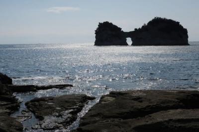 白い砂浜・円月島2.jpg