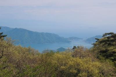 昭和池からの瀬戸の風景.jpg