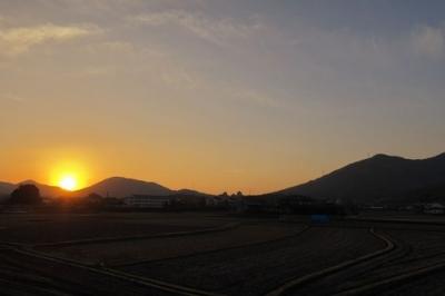 黒瀬からの日の出.jpg