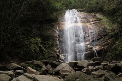 深山の滝.jpg