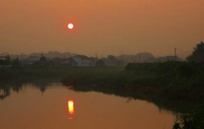 黒瀬からの朝日.jpg