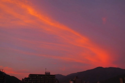 ある日の広からの夕焼け雲.jpg