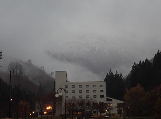 里山 初冠雪 2019