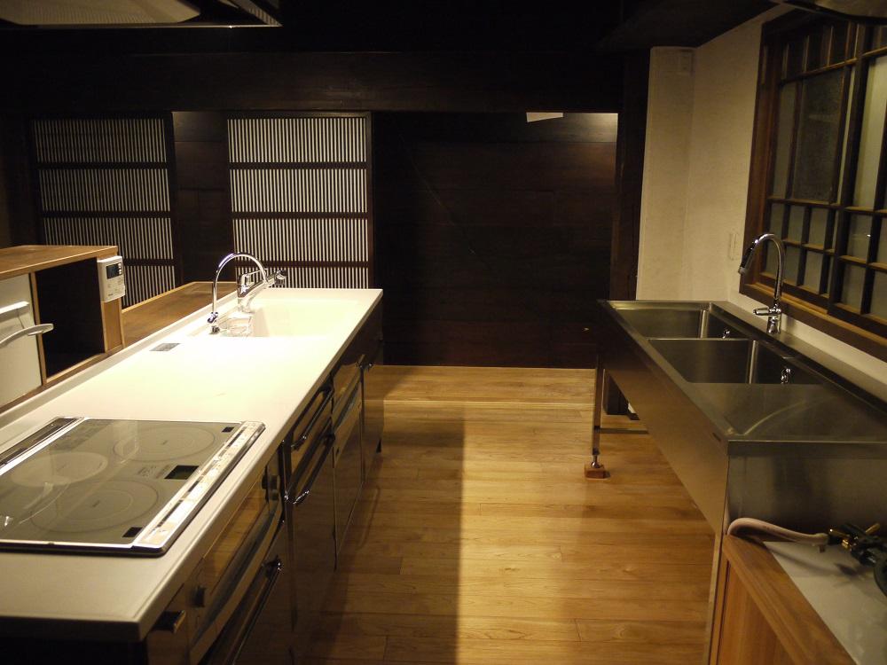 2.改装後の台所.JPG