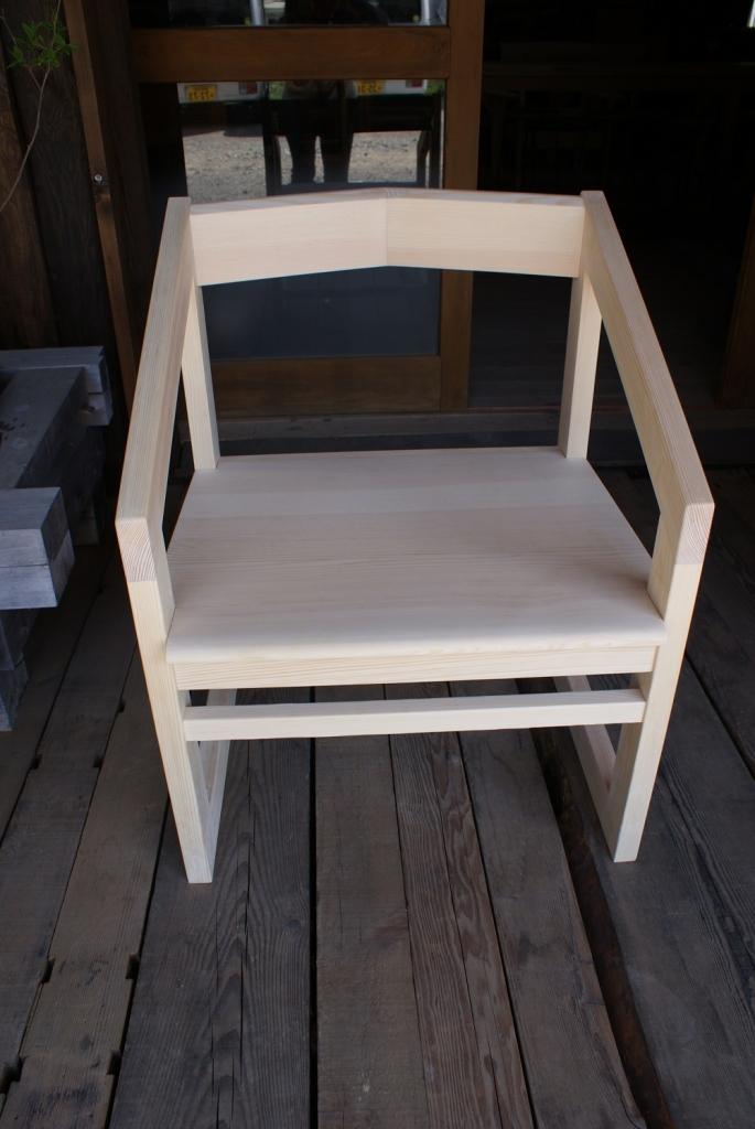 赤松の椅子.JPG