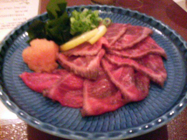 牛たたき(1000円)