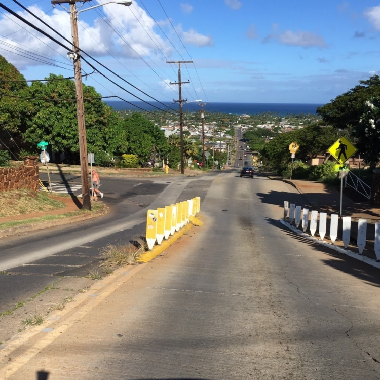ハワイ 車 運転