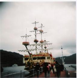 箱根芦ノ湖遊覧船:HOLGA