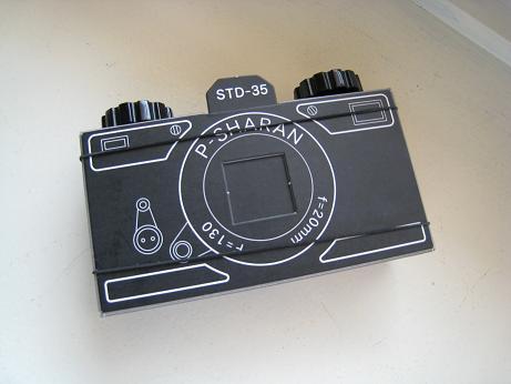 ピンホールカメラクロ35